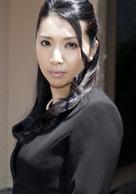 愛人相続〜豊満な喪服美熟女の争奪戦〜