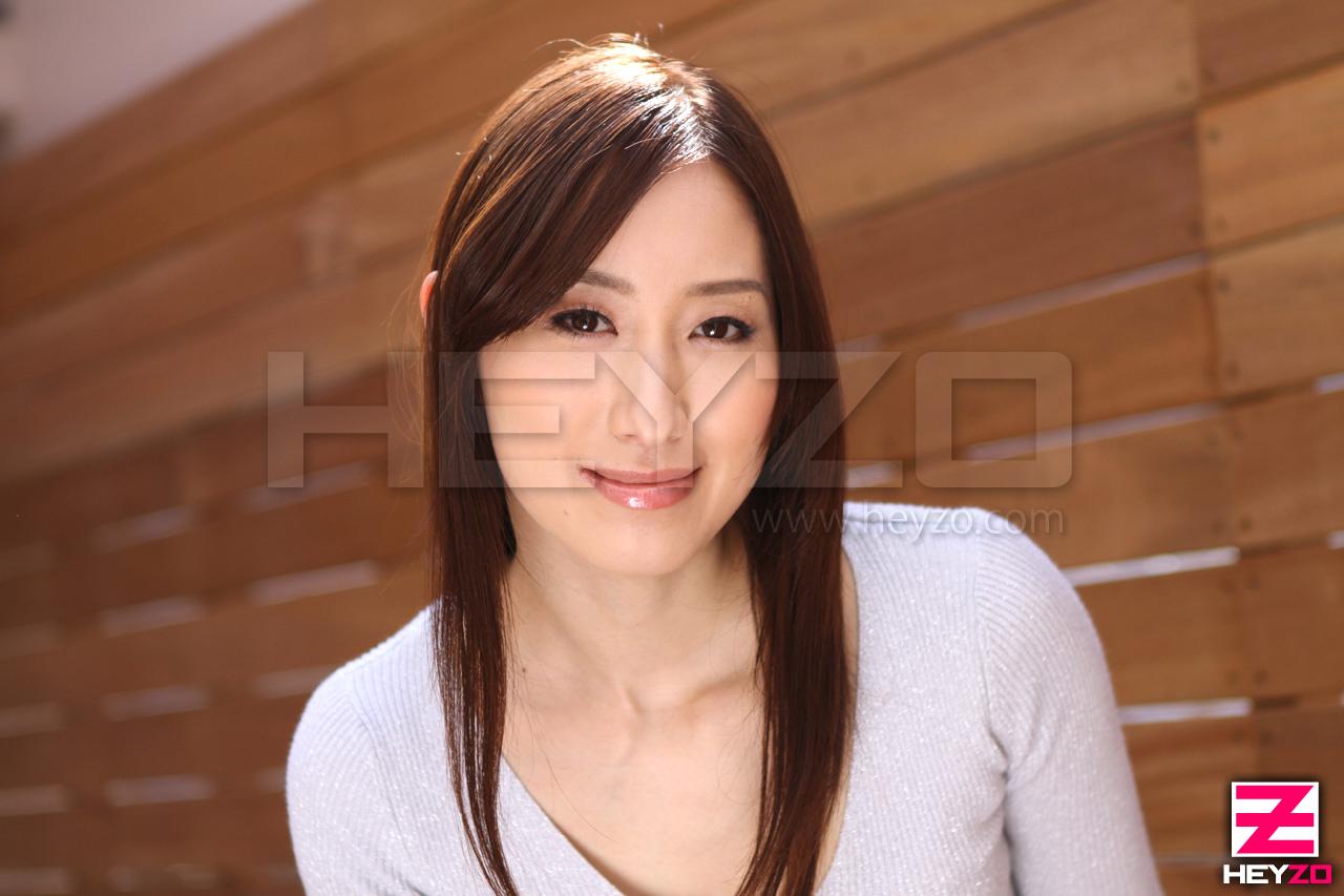スレンダー美人女優・西尾かおりのラストアクメ~名器から溢れ出す白濁液~