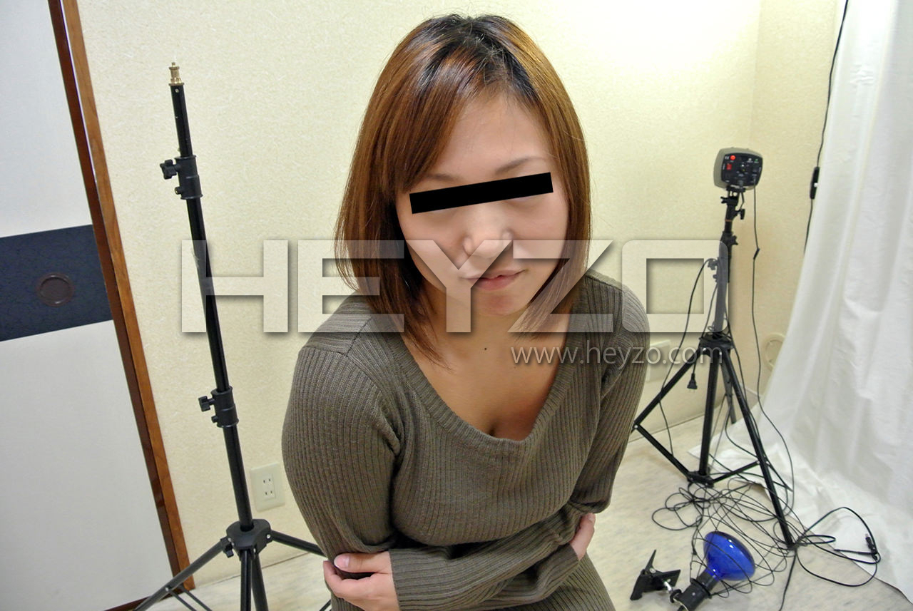ヌード撮影会にきた純粋娘を密室独り占め