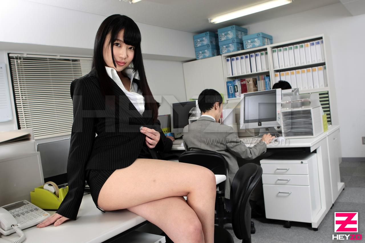 私、正社員になるために性社員になりました 前編